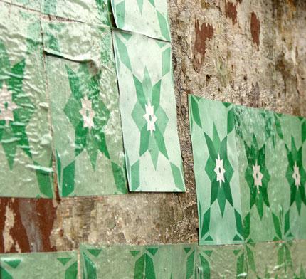 Azulejos de papel, intervenção urbana do Grupo Poro