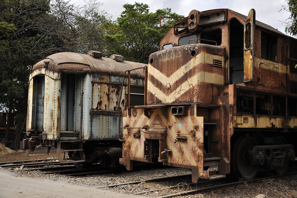 Trens antigos da linha de ferro no Brasil - RFFSA (Foto do Grupo Poro)